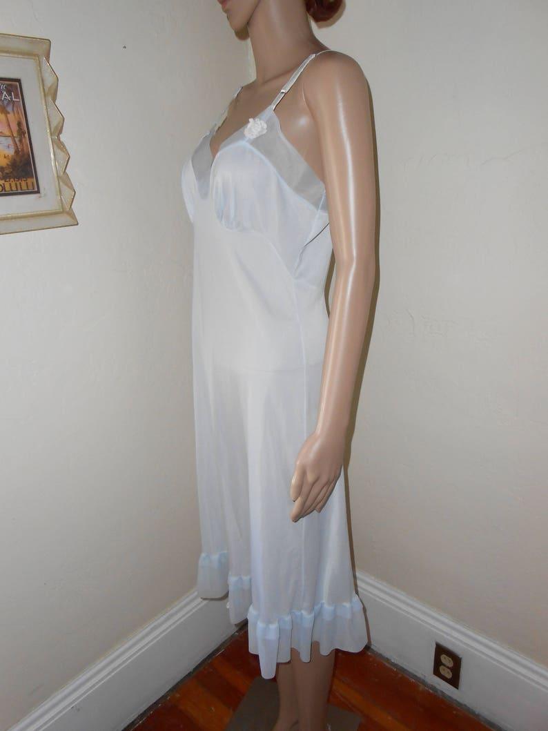 Size 36 Vintage Nylon SlipLight Blue Full Slip50/'s Slip