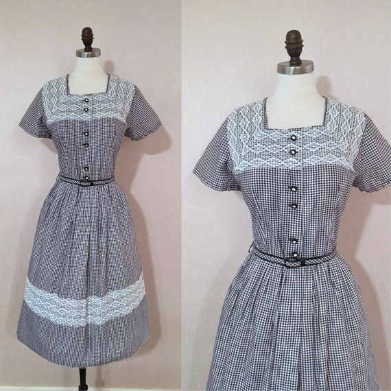 Vintage 1950s Black and White Gingham Lace Trim Da
