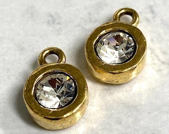 Small Round Crystal Bezel Organic Pendant Charm earring components bracelet charm Antique gold 1 pc (PL16)
