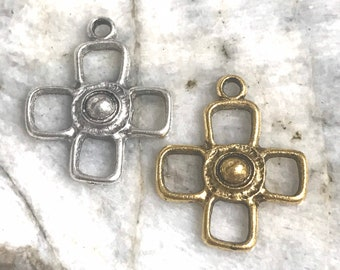 1 pc Pewter Rugged Cross Rustic charm Religious open Pendant Altered Jewelry components old world cross antique silver or gold (PL3)