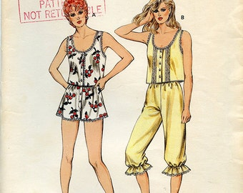 Vintage 80s Kwik Sew 1520 womens short sleeve top shorts capri pants sewing pattern UNCUT multisize XS S M L