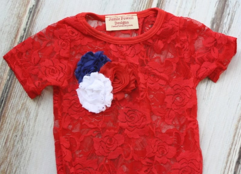 1st 4th of July Outfit lace baby bodysuit-Lace tshirt-Tutu top lace baby shirt-Baby Clothes- Red Baby lace shirt with Flowers