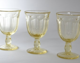 Vintage Yellow Goblets, 3 Glasses, Party Drinkware, Light Yellow Drinkware,  Barware, Water Goblets, Yellow Glassware, Iced Tea Glasses