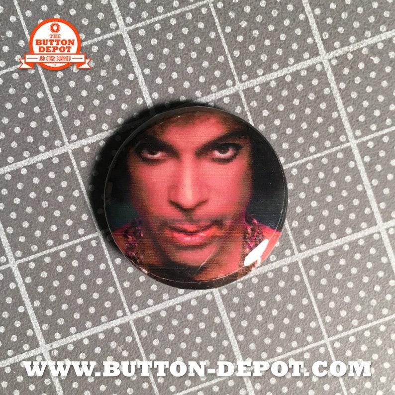 Prince 1 button image 0
