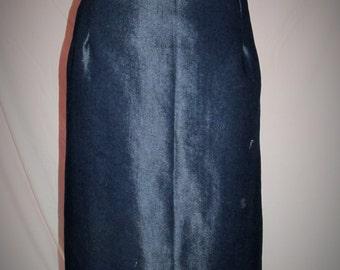 plus size denim skirt, pencil skirt, vintage style skirt, womens plus size skirt, fashion skirt, womens skirt,womens denim skirt, ship now