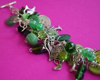 Button Bracelet Bird Bracelet Charm Bracelet Tree Bracelet - Green Birds and Trees Button Jewellery Button Bothy (CC42)