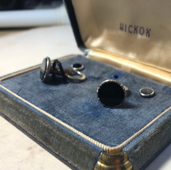 Vintage Hickok USA Suit Set, Onyx Cuff Link and Sh