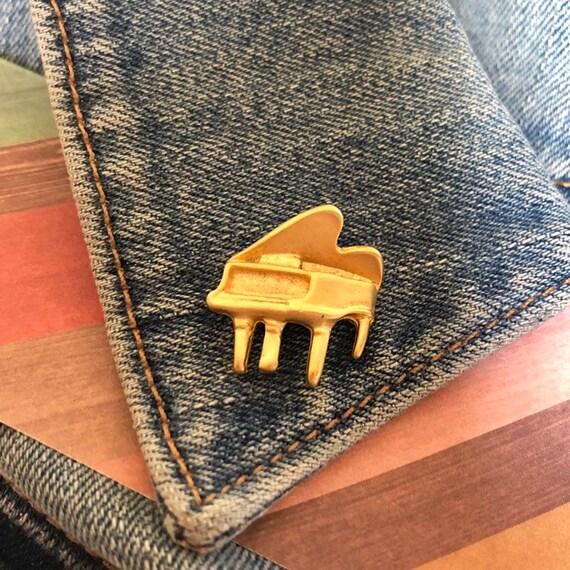 Vintage Grand Piano Lapel Pin, Gold Grand Piano Pi