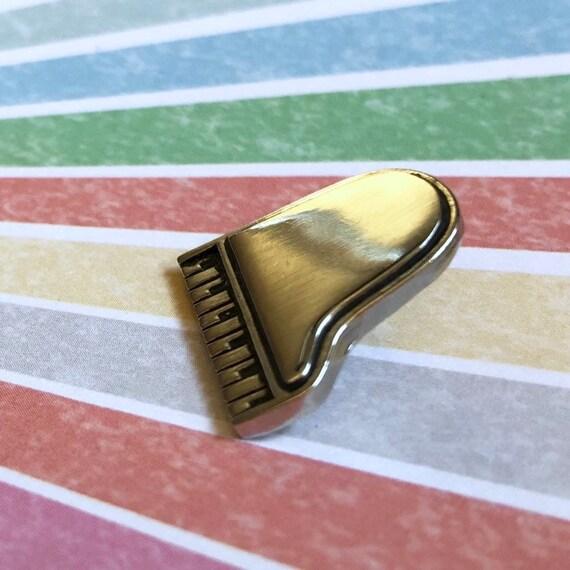 Vintage Piano Pin, Silver tone Piano, Piano Lapel