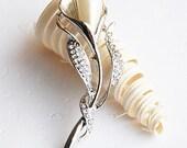 Rhinestone Brooch Pearl Crystal Brooch Bridal Brooch Bouquet Hair Comb Shoe Clip Wedding Cake Invitation DIY Supply BR031
