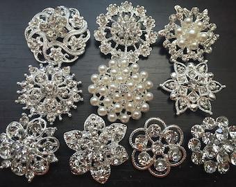 10 pcs Assorted Rhinestone Button Brooch Embellishment Pearl Crystal Button Wedding Brooch Bouquet Cake Hair Comb DIY BT165