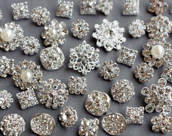 20 pcs Assorted Rhinestone Button Brooch Embellishment Pearl Crystal Wedding Brooch Bouquet Cake Hair Comb Shoe Clip BT574
