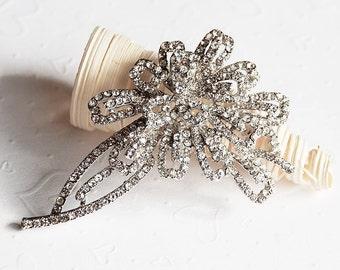 Rhinestone Brooch Crystal Brooch Bridal Brooch Bouquet Hair Comb Shoe Clip Wedding Cake Decoration Invitation DIY Supply BR053