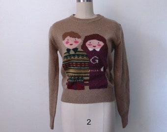 Small medium vintage 80\u2019s Acrylic floral sweater