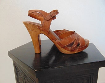 70s Made in brazil wood and leather heels size 7.5