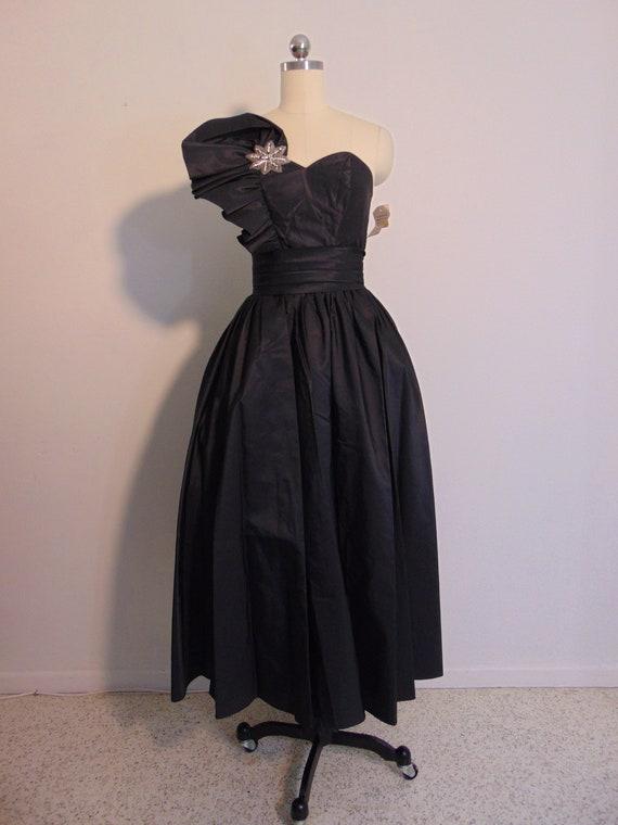 80s does 50s NWT black taffeta full skirt dress si