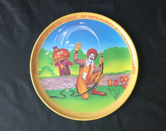 """Ronald McDonald Plate - Vintage 1977 - """"Ronald McDonald Saves Was Watering May Flowers...But Mayor McCheese Get Some Cold April Showers!"""""""