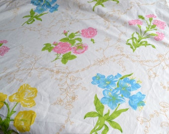 Vintage Bed Sheet - Wamsutta Pink Roses and Flowers - Twin Fitted NOS