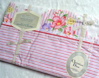 Vintage Bed Sheet - Pink Lavender Floral Stripe Anemones - Wamsutta Twin Flat NOS