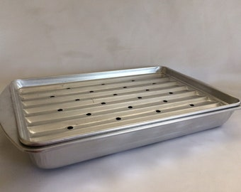 Vintage 1950 S Bake King Cake Pan Vintage Kitchen Decor Etsy