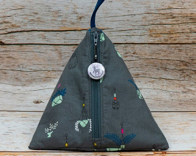 Notion - Hanging Succulents - Llexical Notions Pouch - Knitting, Crochet, Spinning Accessory Bag