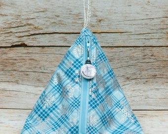 Snowflake Plaid - Llexical Notions Pouch - Knitting, Crochet, Spinning Accessory Bag