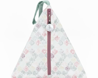 Pastel Quatrefoil - Llexical Divided Sock Pouch - Knitting, Crochet, Spinning Project Bag