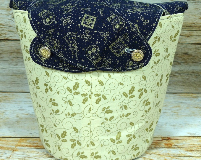 CLEARANCE Bough of Holly -Medium Llayover Knitting Tote/Knitting, Spinning, Crochet Project Bag