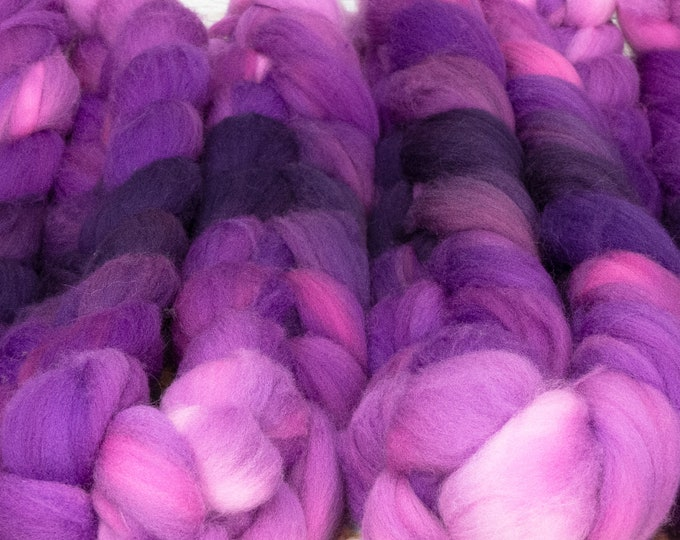 Evil Stepmother - Llore Handpainted SW Targhee Combed Top/ 4 oz.