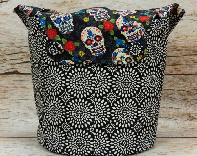 Sugar Skull & Chrysanthemum Burst - Medium Llayover Knitting Tote / Knitting, Spinning, Crochet Project Bag
