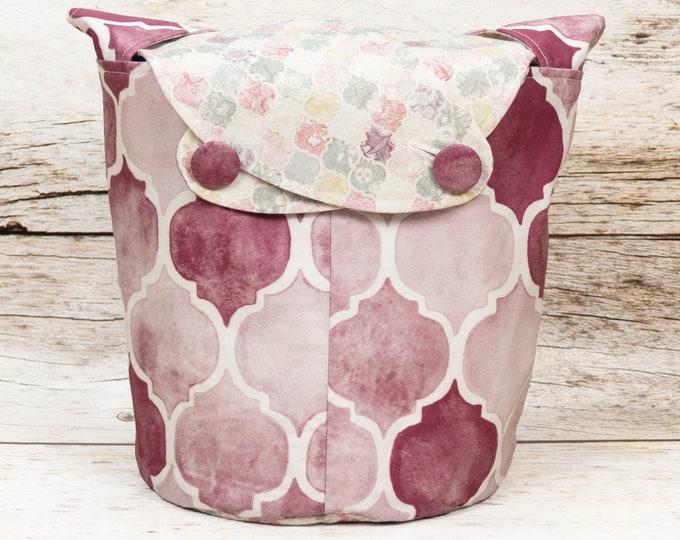 Rose Garden Tiles - Medium Llayover Knitting Tote / Knitting, Spinning, Crochet Project Bag
