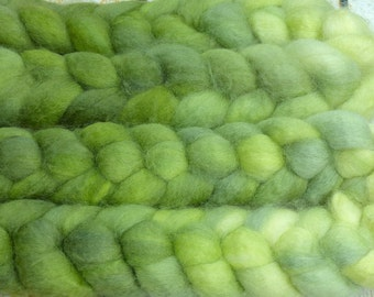 Key Lime Pie/ Handpainted Llyric SW BFL Combed Top/ 4 oz.