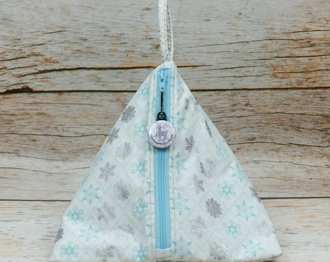 Snowflake Diamonds - Llexical Notions Pouch - Knitting, Crochet, Spinning Accessory Bag