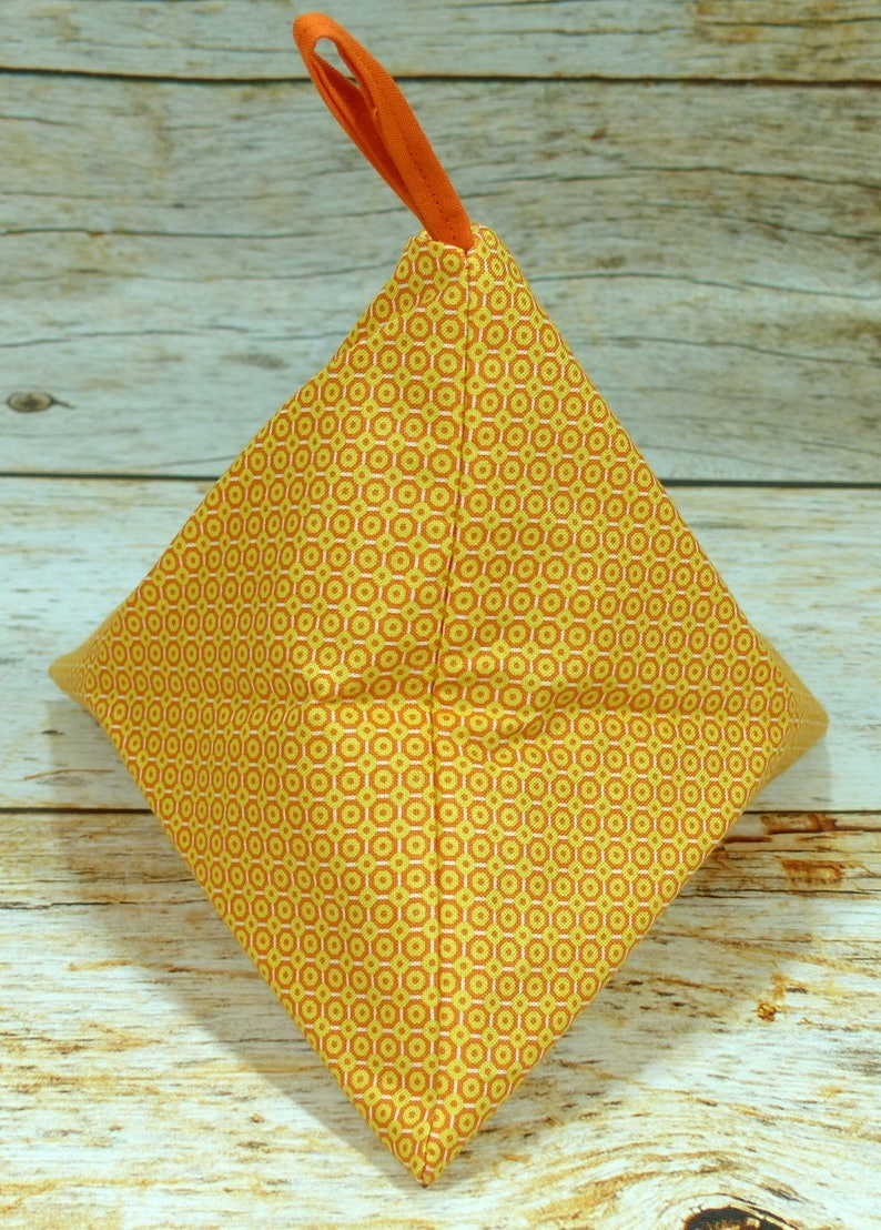 Orange Medallions Llexical Notions Pouch Spinning Accessory Bag Crochet Knitting