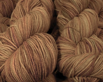 """Llineage Worsted """" Meemaw's Carrot Cake """" Semisolid Targhee Hand Dyed Yarn 160g / 400 yd"""