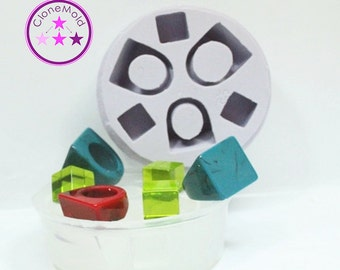 Multiple Ring Mold 3 Square Ring Mold and 3 Bonus Cubes; Sizes 5 - 8.5