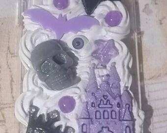 READY TO SHIP Creepy Cute Pastel Goth Skull Eye Ball BatCrown Apple Iphone X Deco Case