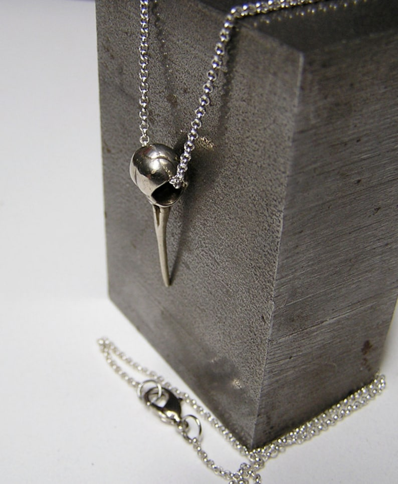 Silver Hummingbird Skull with 20 inch chain .925 sw image 0