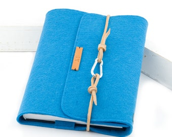 personalized turquoise calendar sleeve / notebook sleeve, A5 felt with embossed name, light brown leather cord gift book letters