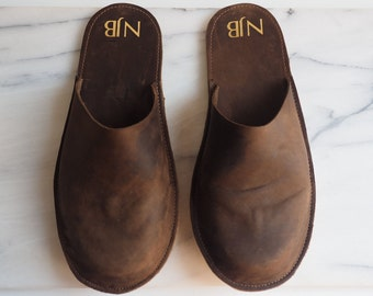 168d8ec771fe Personalised men s leather slippers