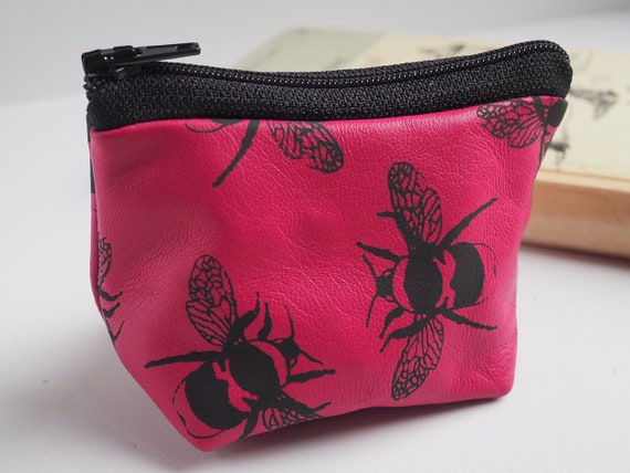 bee purse bees gifts gift for mum Soft pink leather coin purse with a bee print bee gift teenage girl gift for her coin pouch