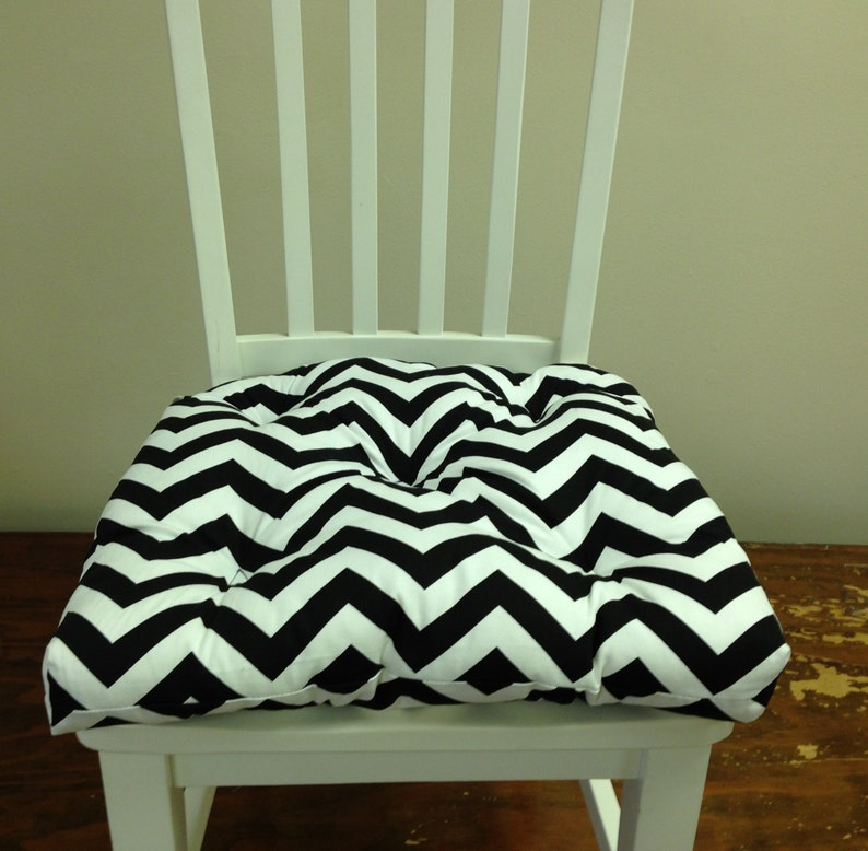 Remarkable Tufted Chair Pad Seat Cushion Bar Stool Cushion Black And White Chevron Zig Zag Gmtry Best Dining Table And Chair Ideas Images Gmtryco