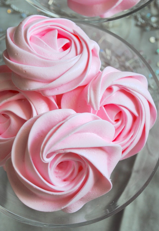 25 Pink Sugar Roses Pink Flowers Lilac Lavender Edible Flowers