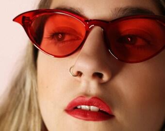 4d2d26f5badf 50's 90's Lolita retro red tinted winged cat eye sunglasses