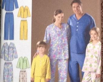 253eb6feb3 SALE- Simplicity 2823 UNCUT Sewing Pattern Easy Sew