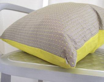Beige Silk Dupioni Pillow with Yellow Knots 20x20. Yellow Linen Backing.