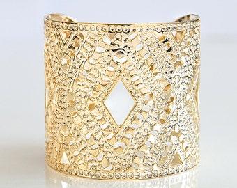 Wide Cuff Bracelet With Criss Cross Pattern, Gold Cuff Bracelet For Women, Handmade Gold Bracelet, Statement Cuff, Boho Gold Brass Bracelet