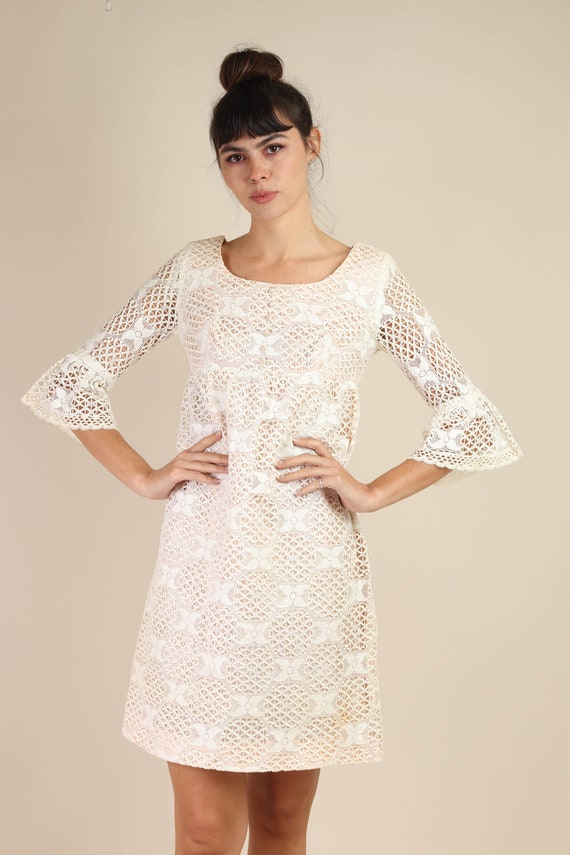 60s BELL SLEEVE dress S M / cotton lace dress flo… - image 4
