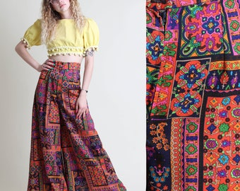 vintage 70s PSYCHEDELIC PRINT high waist PALAZZO pants size S / bell bottom india hippie boho pants 1970s 1960s 60s small