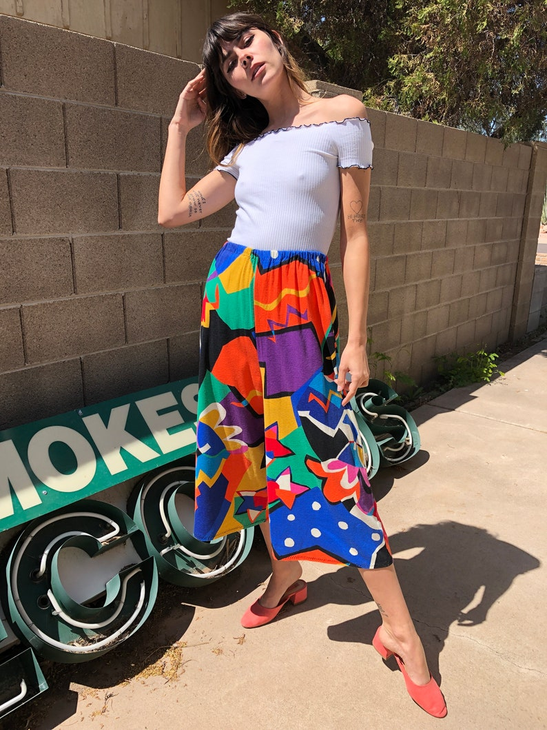 90s RAINBOW BOLD wide leg pants M  abstract novelty print high rise cropped gaucho pants  1990s 80s 1980s  medium
